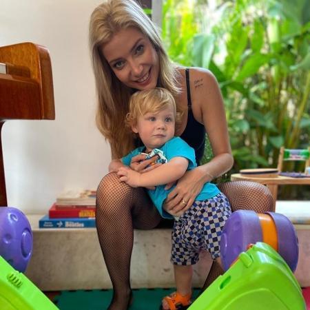 Luiza Possi com o filho Lucca - Reprodução/Instagram @luizapossi