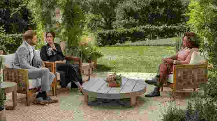 A entrevista aconteceu no jardim de uma casa perto de onde o casal mora em Montecito, a oeste de Los Angeles - JOE PUGLIESE / HARPO PRODUCTIONS / CBS - JOE PUGLIESE / HARPO PRODUCTIONS / CBS