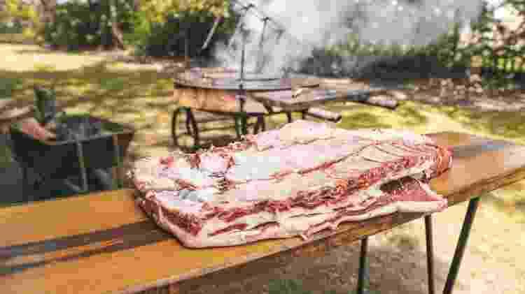 Costela de boi: mesmo com muito colágeno, fica deliciosa - Pollyana Ventura/Getty Images - Pollyana Ventura/Getty Images