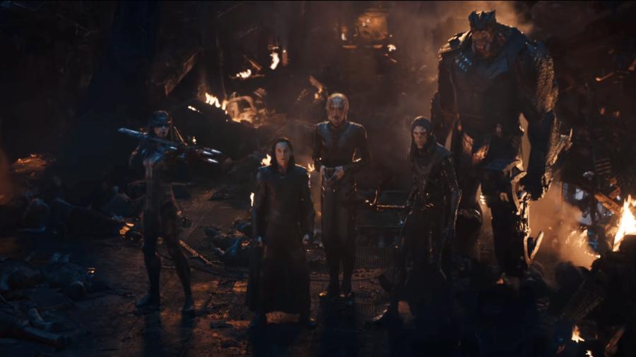 """Loki ao lado da Ordem Negra em cena de """"Vingadores: Guerra Infinita"""" - Reprodução"""