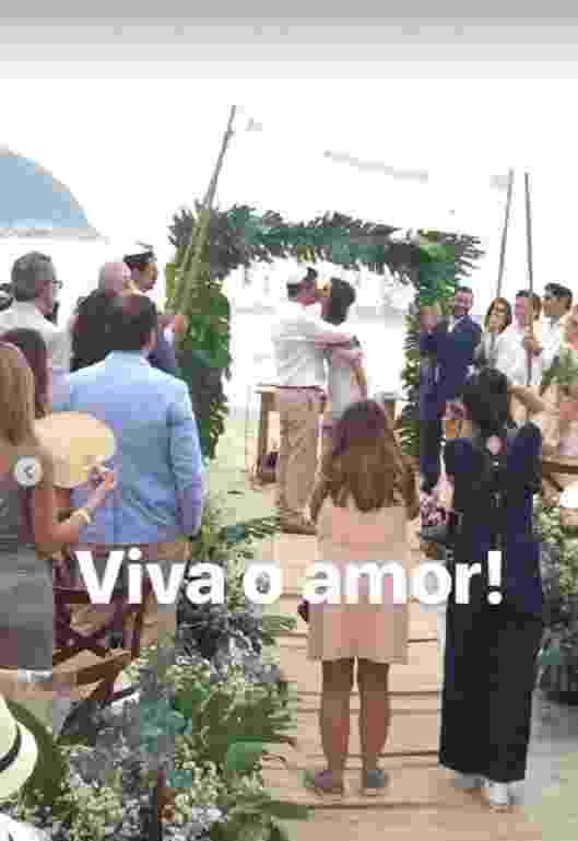 Letícia Datena se casa em cerimônia reservar no litora de SP - Reprodução/Instagram
