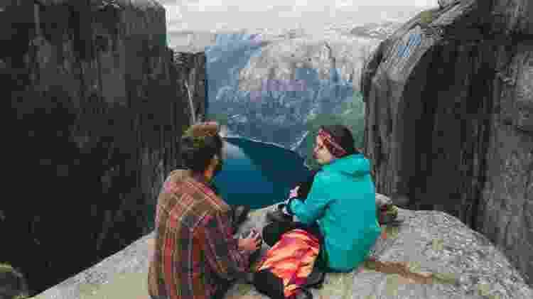 O topo da montanha Kjerag é também um excelente mirante para o Lysefjord - Getty Images