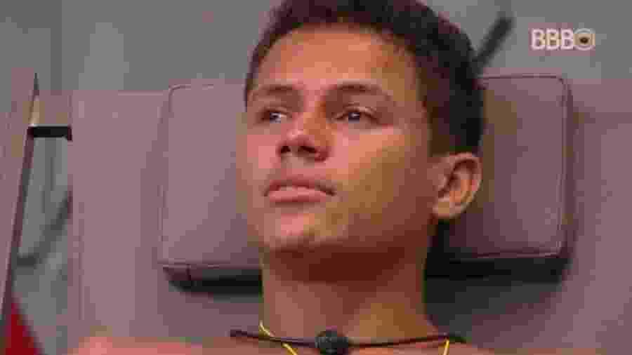 Danrley se emociona em conversa com Rodrigo  - Reprodução/GloboPlay