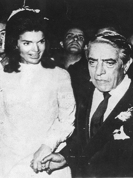 O armador grego bilionário, Aristóteles Onassis durante seu casamento com Jacqueline Kennedy em 1968 - Arquivo