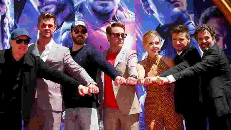 """Kevin Feige e os Vingadores na pré-estreia de """"Vingadores: Ultimato"""" - REUTERS/Mario Anzuoni"""