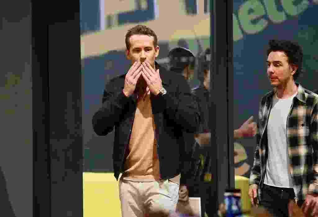 Ryan Reynolds e Shawn Levy na chegada à CCXP 2019 - Iwi Onodera/UOL