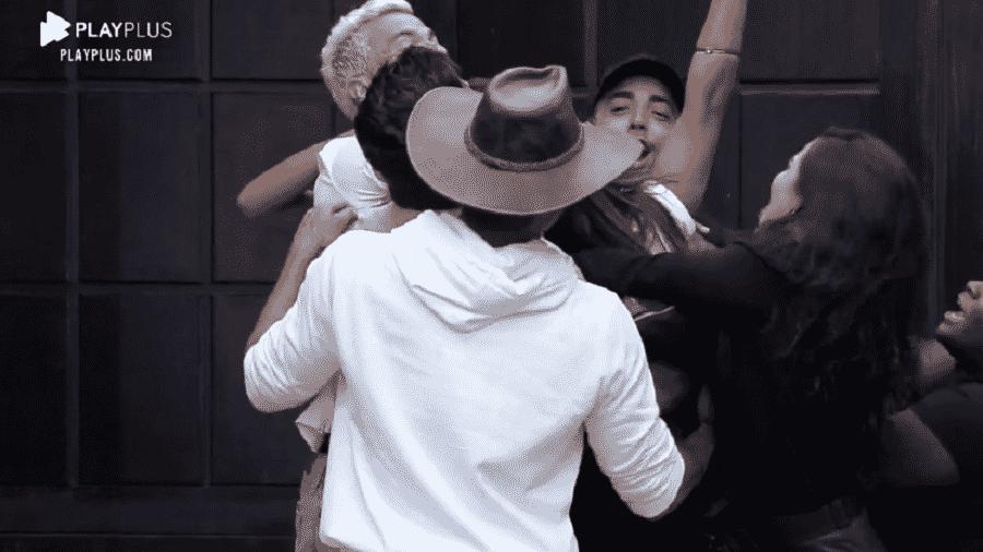 A Fazenda 2020: Mateus Carrieri escapou da sexta roça do reality show - Reprodução/Playplus