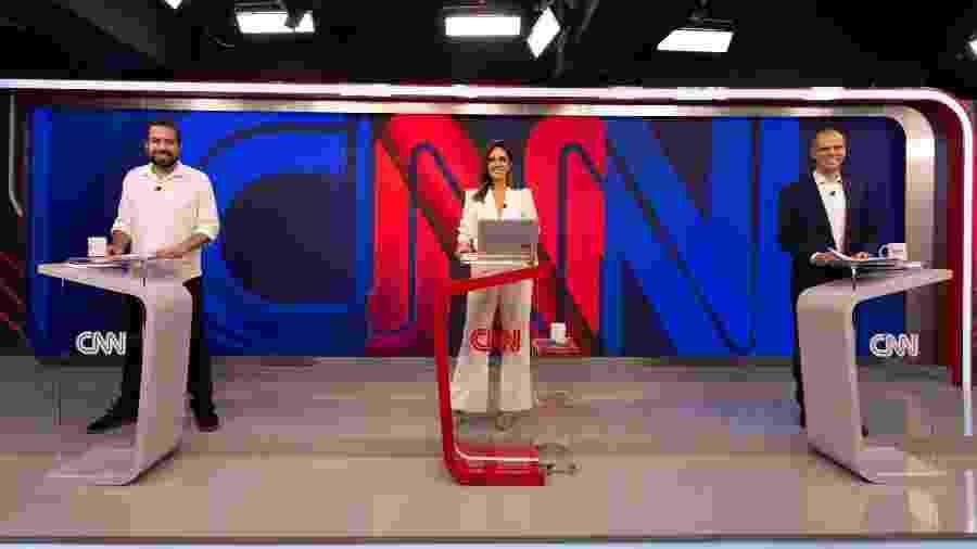 Guilherme Boulos, Monalisa Perrone e Bruno Covas no debate na CNN Brasil - Divulgação CNN Brasil | Kelly Queiroz