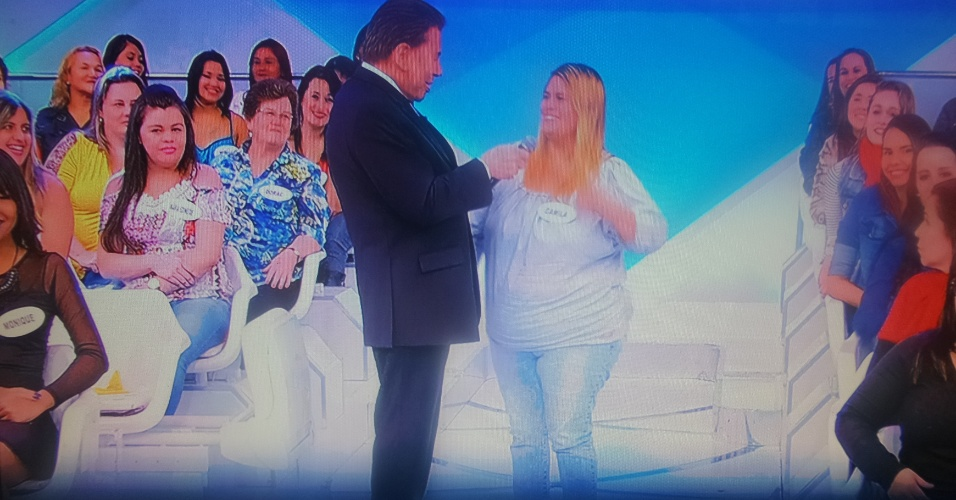 12.jun.2016 - Silvio Santos debocha de mulher gordinha
