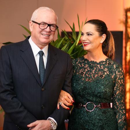 Luiza Brunet com o empresário Lirio Parisotto em maio de 2016 - Bruno Poletti/Folhapress