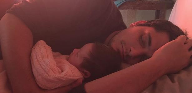 Gissoni posa com a filha Madalena