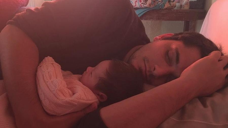 Gissoni com a filha Madalena, fruto de sua relação com Yanna Lavigne - Reprodução/Instagram brunogissoni