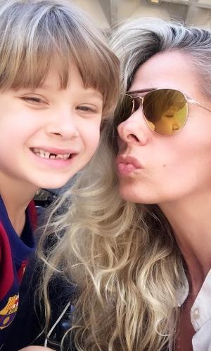 """Assim como Adriane Galisteu, Vittorio, de 6 anos, também vem dando os primeiros passos no teatro. Recentemente, ele estreou como o príncipe Felipe em """"A Bela Adormecida"""""""