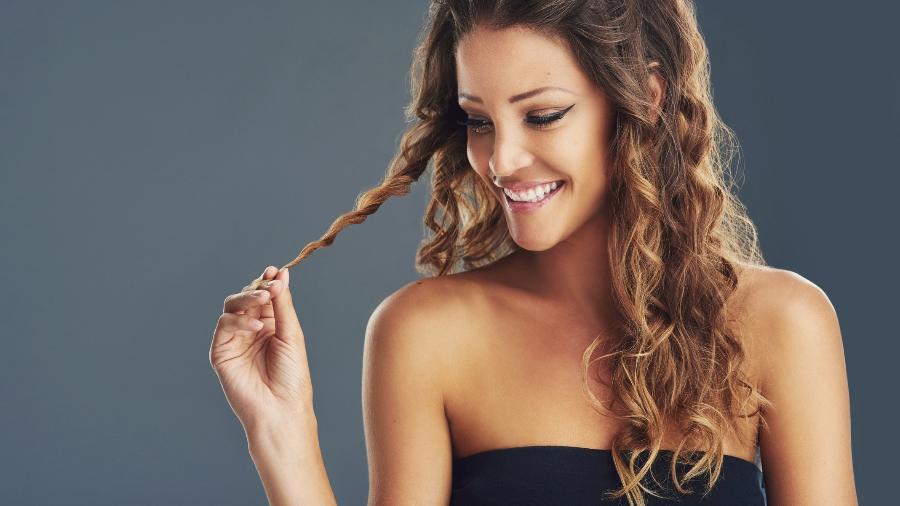 Mitos e verdades sobre o crescimento dos cabelos - iStock
