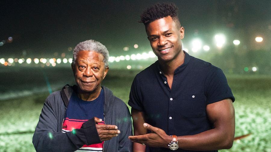 """Cristóvão (Milton Gonçalves) e Dom (David Junior) em """"Pega Pega"""" - Estevam Avellar/TV Globo"""