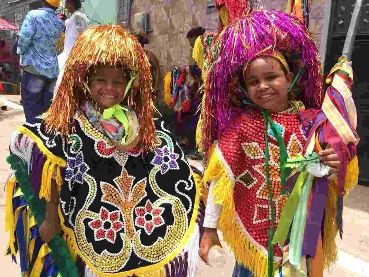 Maracatus rurais fazem a festa em Olinda, nesta segunda de Carnaval - Mateus Araújo/UOL