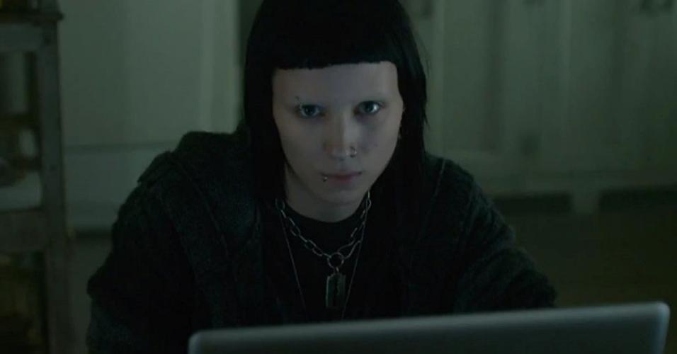 """Rooney Mara em cena em """"Millennium: Os Homens que Não Amavam as Mulheres"""" (2011)"""