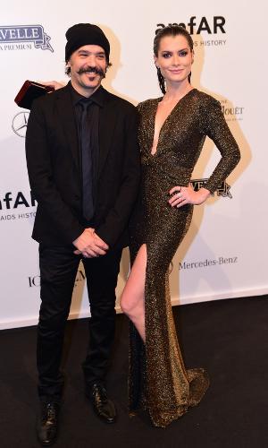 Aline Moraes posa ao lado do marido, o cineasta Mauro Lima
