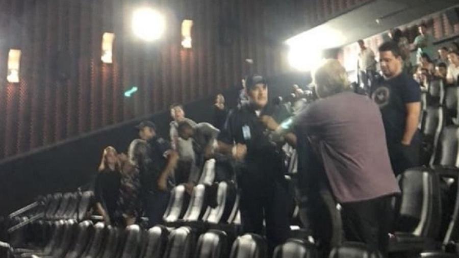 """Briga em cinema de Goiânia durante exibição de """"Guerra Infinita"""" - Reprodução"""