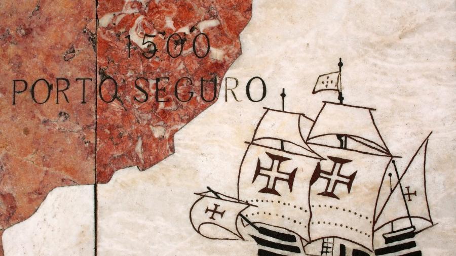 Chegada das caravelas em Porto Seguro, Bahia - iStock