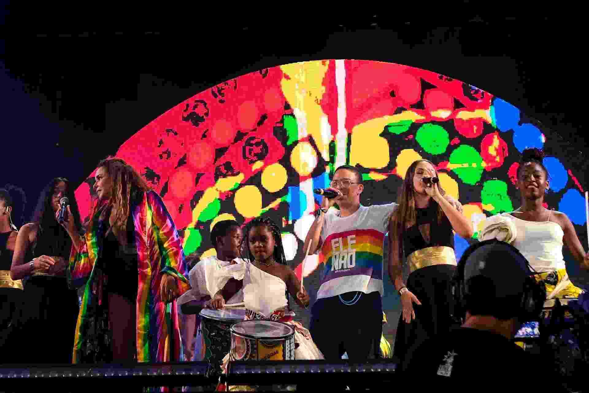 Daniela Mercury protesta contra Jair Bolsonaro no Festival Virada Salvador - João Alvarez /UOL