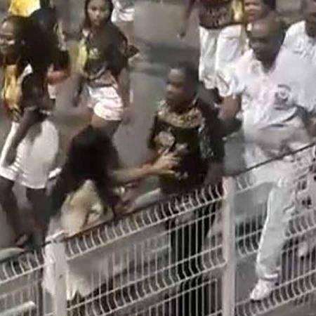 Homem agride mulher em ensaio técnico da Vai-Vai - Reprodução