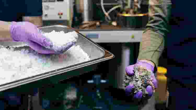 Um processo químico de reciclagem permitirá que um plástico seja reutilizado diversas vezes - Divulgação