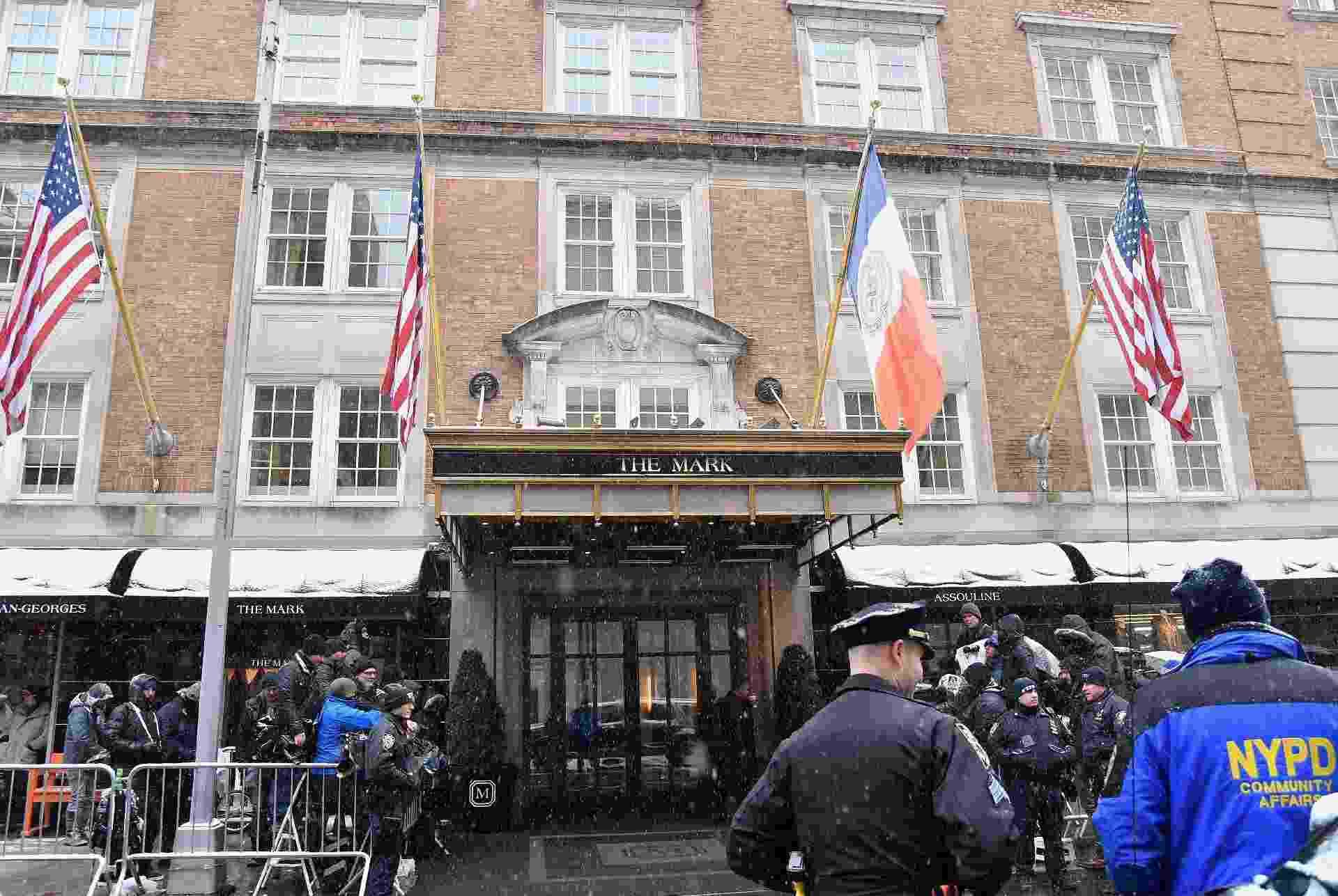 A entrada do The Mark Hotel, onde a festa aconteceu, no Upper East Side, em Nova York - Reuters