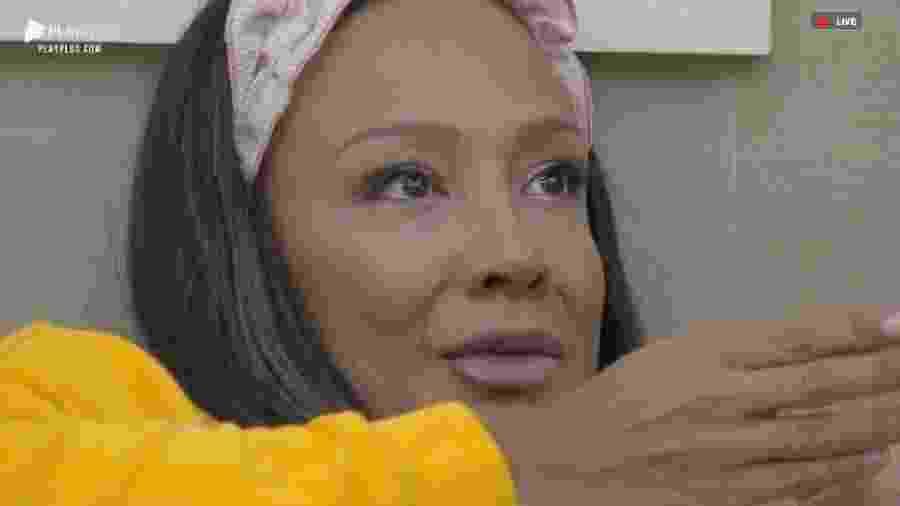Drika Marinho chora após conversa com Andréa Nobrega  - Reprodução/PlayPlus