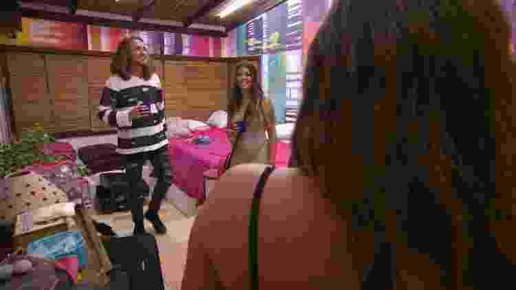 Vitor Kley conhece os quartos do reality show De Férias com o Ex:Celebs, da MTV - Divulgação/MTV - Divulgação/MTV