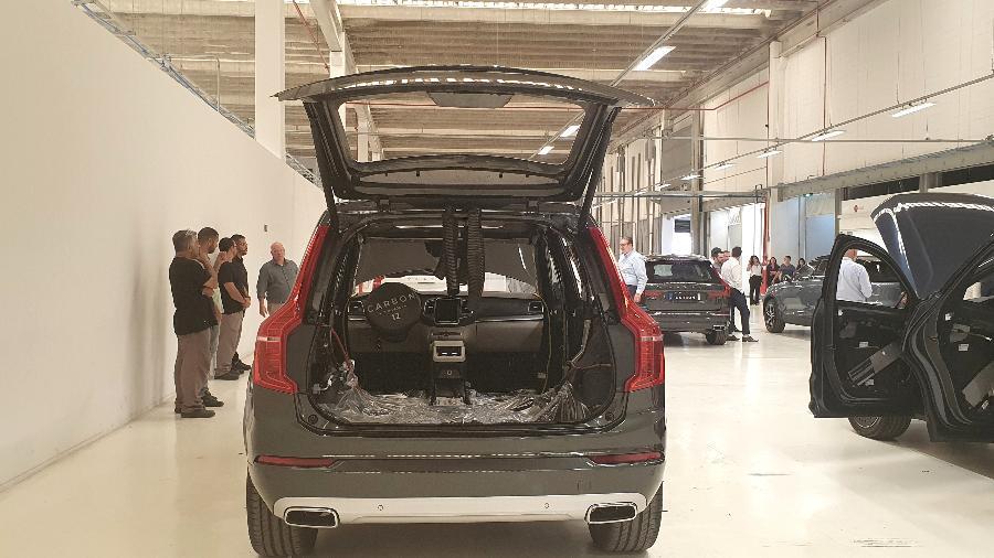Volvo blindado - Rafaela Borges/UOL
