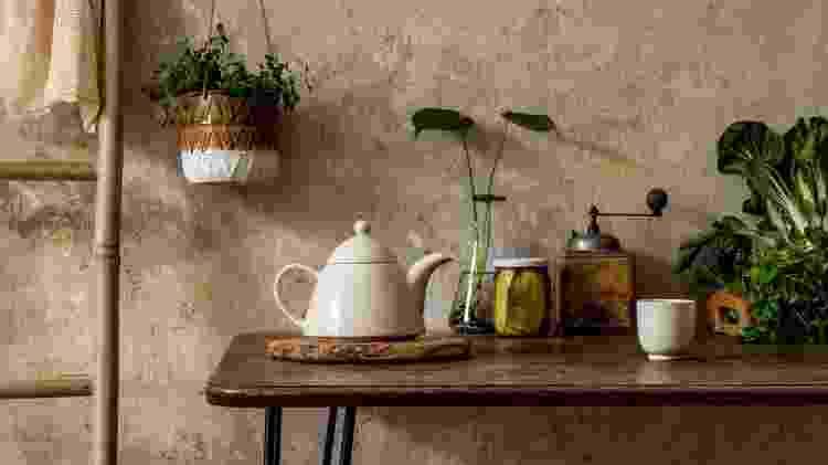Elementos naturais inspiram a decoração wabi-sabi - Getty Images/iStockphoto - Getty Images/iStockphoto