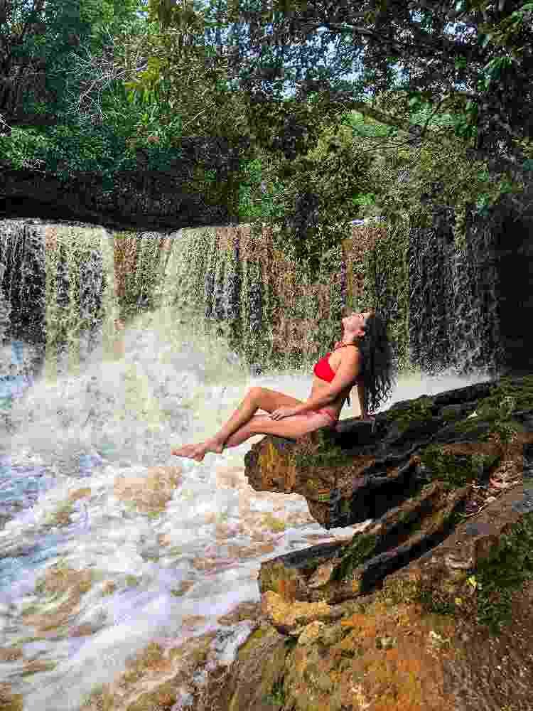 Thayná Mafra Almeida na Cachoeira das Araras, Amazonas - Arquivo pessoal - Arquivo pessoal