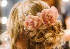 Coque desalinhado transmite naturalidade e romantismo a penteado de noiva - The Kreulichs