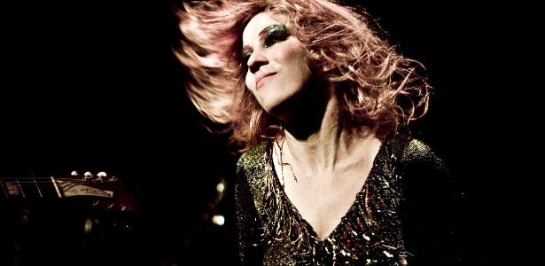 A cantora baiana Karina Buhr será uma das atrações do Rec-Beat deste ano