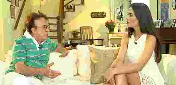 """Moacyr Franco dá entrevista a Daniela Albuquerque no programa """"Sensacional"""" - Divulgação - Divulgação"""