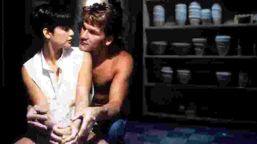 """Cena do filme """"Ghost: Do Outro Lado da Vida"""" (1990), um dos hits das tardes da Globo - Reprodução"""