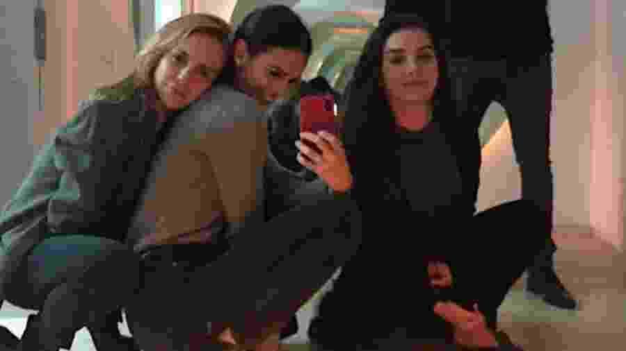 Fernanda Nobre, Bruna Marquezine e Marina Moschen - Reprodução/Instagram