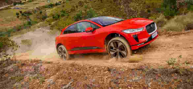 Jaguar I-Pace é SUV 100% elétrico que custa mais de R$ 400 mil e promete autonomia superior a 450 km com uma carga completa - Divulgação