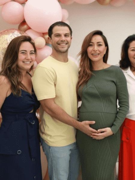 Sabrina Sato com o noivo, Duda Nagle, e a irmã, Karina - Reprodução/Instagram