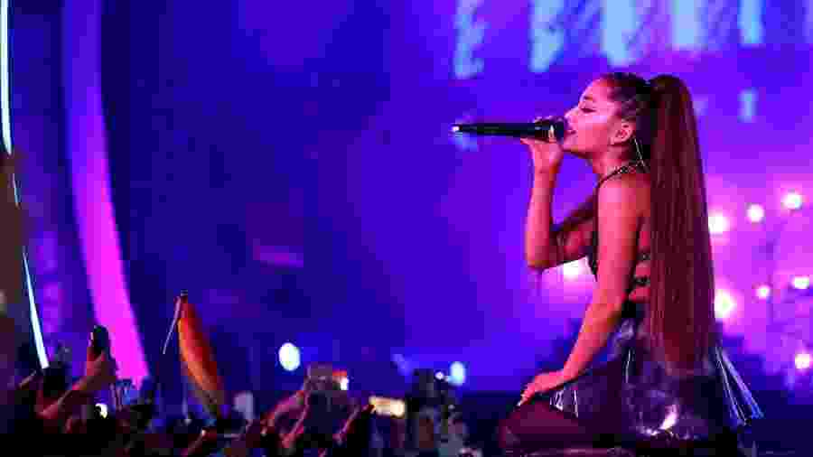 Ariana Grande se apresenta no festival iHeartRadio, em Los Angeles - Rich Polk/Getty Images for iHeartMedia