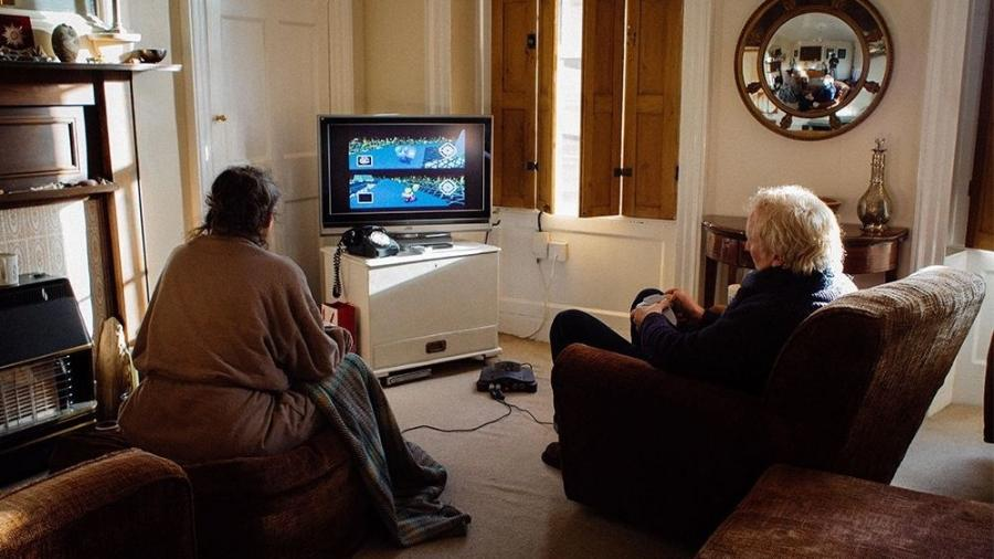 Casal joga Mario Kart todos os dias para decidir quem fará o chá - Reprodução