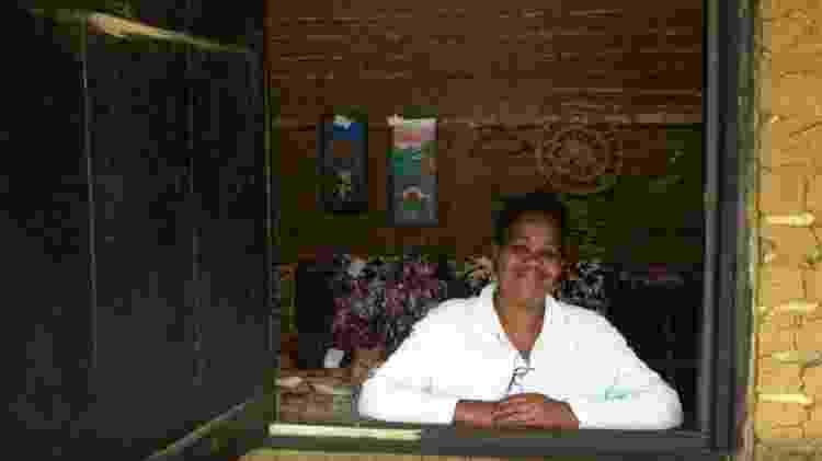 Moradora do Quilombola da Fazenda, local aberto a visitações turísticas - Marcel Vicenti/UOL - Marcel Vicenti/UOL