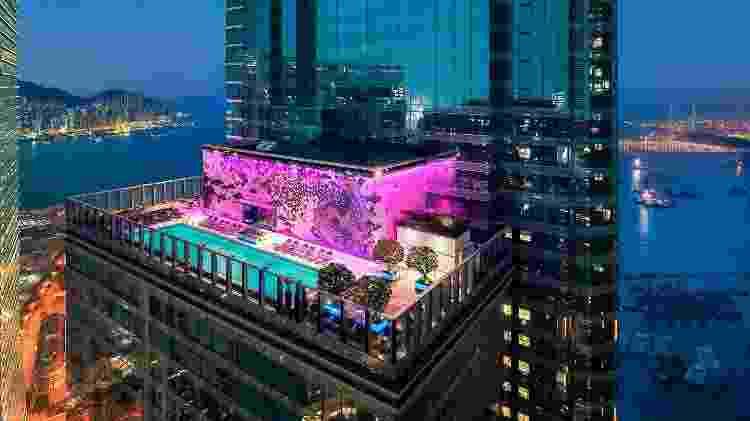 Piscina no Hotel W Hong Kong - Divulgação