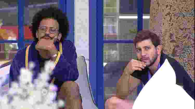 BBB 21: João Luiz e Caio conversam sobre Projota - Reprodução / Globoplay - Reprodução / Globoplay