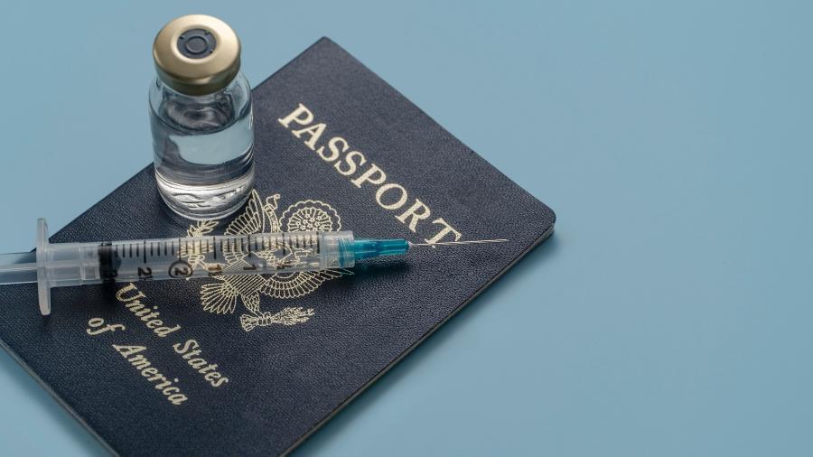 Passaporte de vacinação - Tetra Images/TGI
