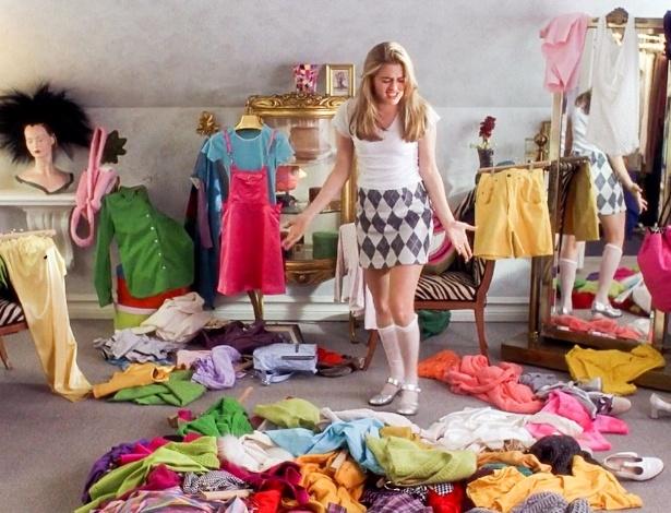 Você conseguiria viver com apenas 30 peças dentro do guarda-roupa? No armário-cápsula, você resume seus looks apenas ao essencial - Divulgação