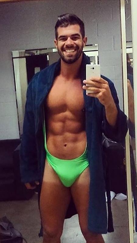 """Bruno Miranda, o Borat, reaparece com figurino do personagem para a nova temporada do """"Amor E Sexo""""  - Reprodução/Instagram/BrunoMiranda"""