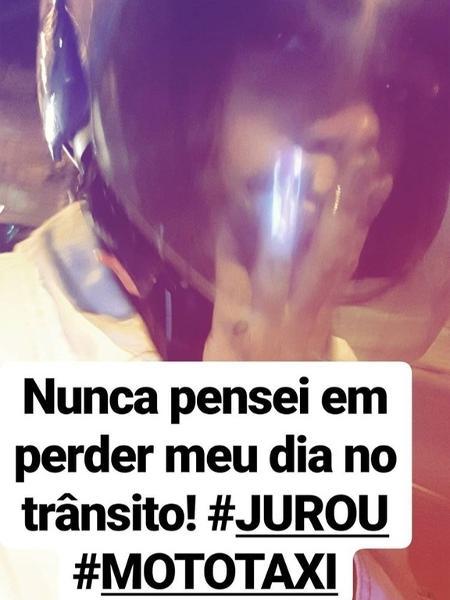 Anitta de mototáxi - Reprodução/Instagram/anitta
