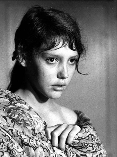 """Anne Wiazemsky, em cena do filme """"A Grande Testemunha"""" - Divulgação"""